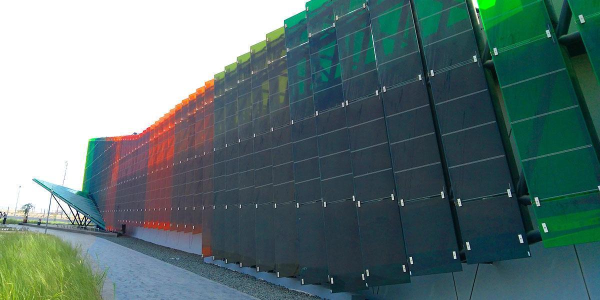 dewa r&d centre photovoltaic façade onyx solar